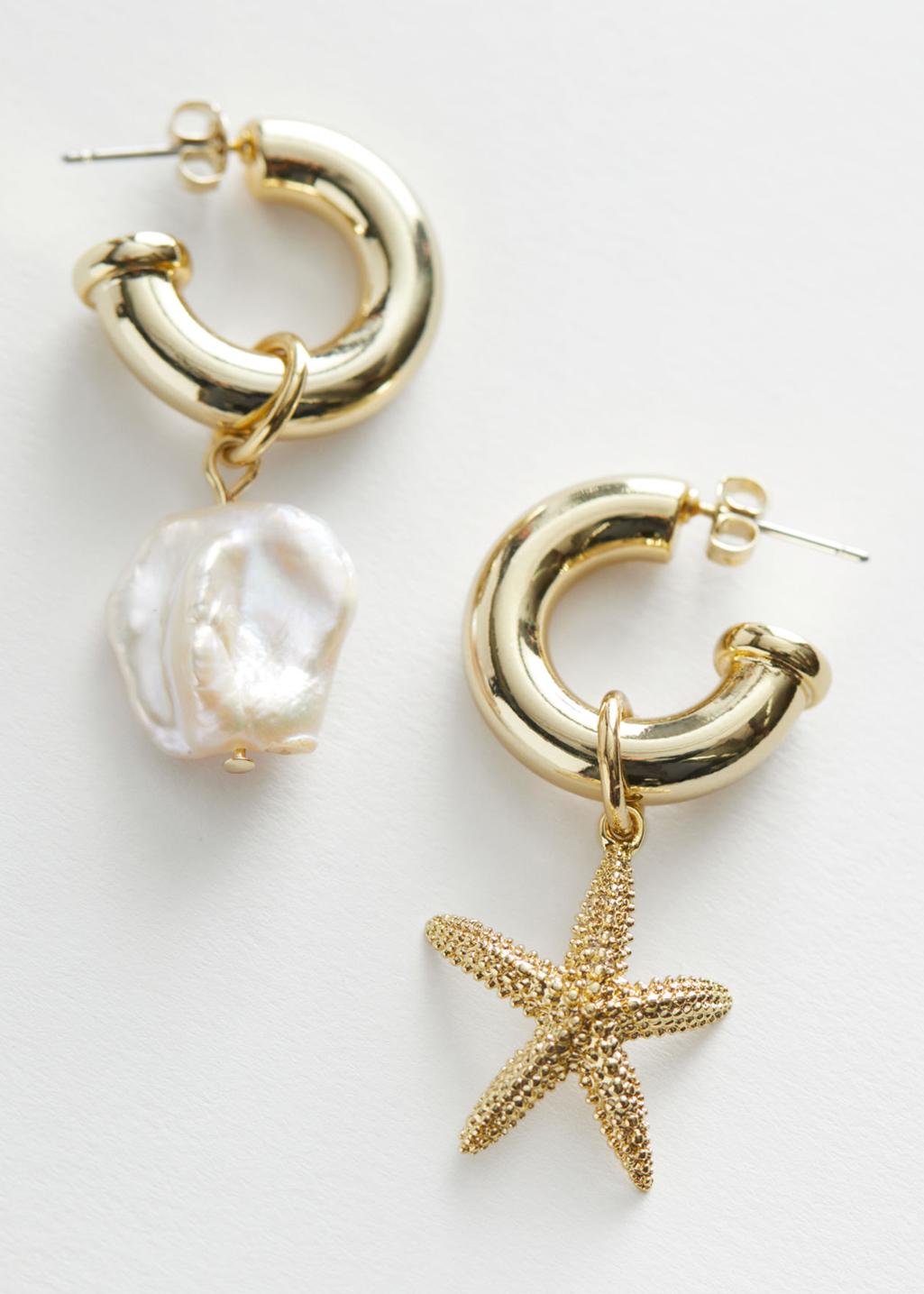 pearl and glod earrings
