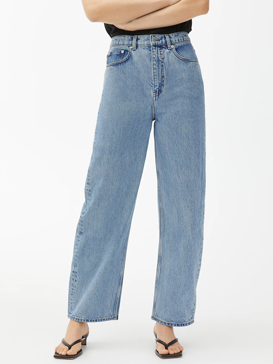 loose high waisted jeans