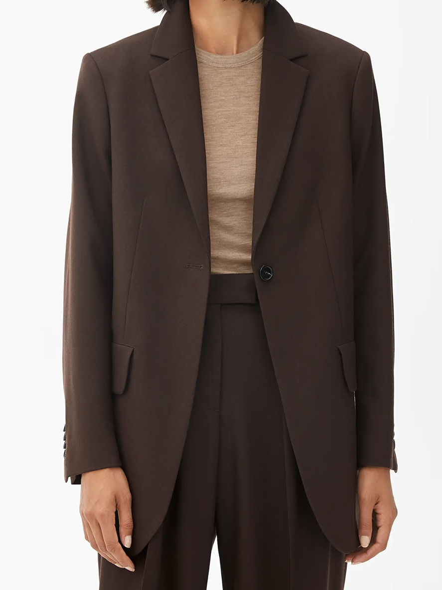 brown oversized blazer woman