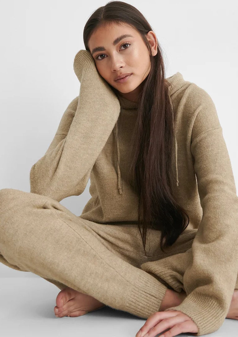 beige knit co ord
