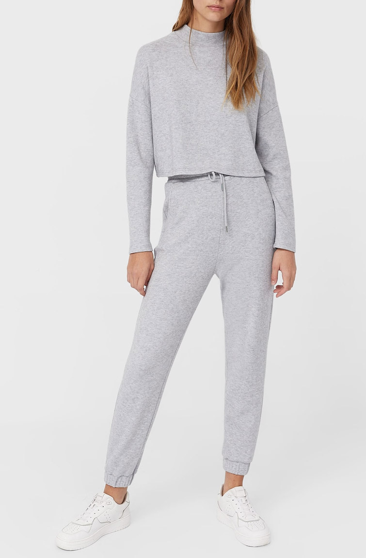 grey tracksuit woman