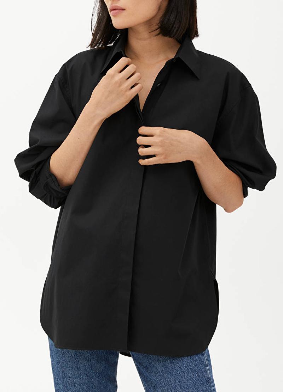 black oversized shirt woman