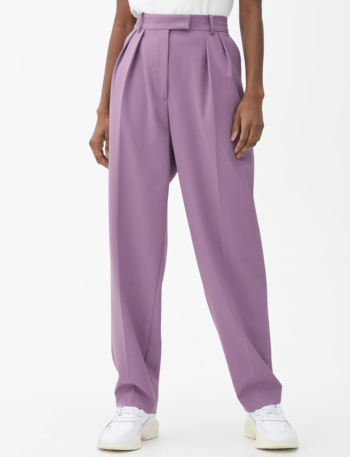 lilac tapered trousers