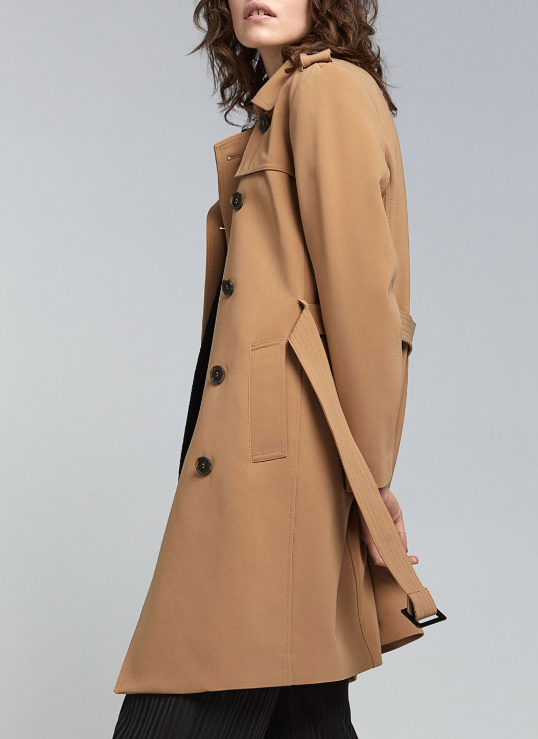 brown trenchcoat h&M woman