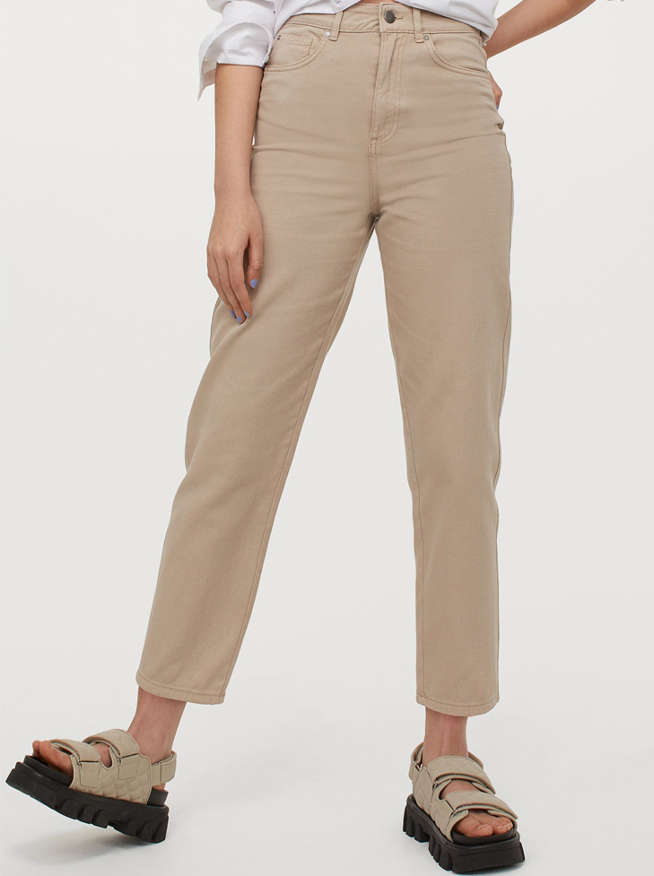 beige mom jeans 2021