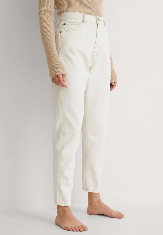 straight hem white jeans