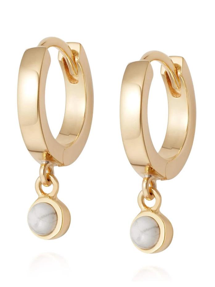 daisy gold earrings